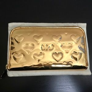 NEW Marc by Marc Jacobs gold zip wallet